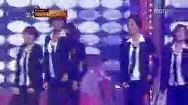 sorry sorry (suju) + smooth criminal (michael jackson) [star dance battle 04-10-09] - snsd