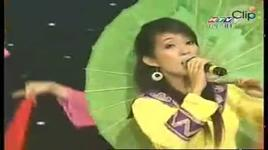 nha me co anh bac ho (clip) - thanh thuy