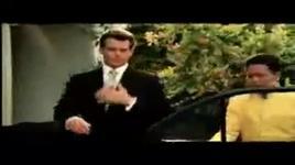 khoe tai voi diep vien 007   - zyn