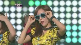 roly poly in copacabana @ kbs music bank (5/8/2011) - t-ara