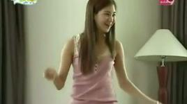 funny dance with snsd - snsd