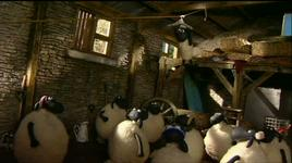 shaun the sheep s02 - e20 shaun encounters - v.a