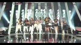 the boys & winner (musicbank @ kbs 4/11/2011) - snsd