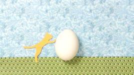 lalala - standing egg