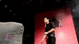 neu nhu (shining show 2) - akira phan