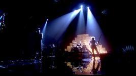 medley (mtv ema 2011) - queen, adam lambert