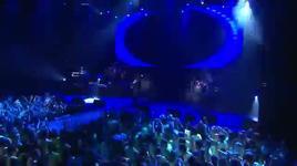 hotel room service (vevo live! carnival 2012) - pitbull