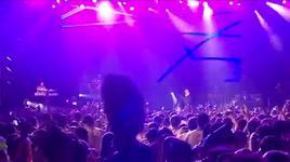 hello/party rock/i'm in miami bitch (vevo live! carnival 2012) - pitbull