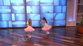 super bass - sophia grace and rosie