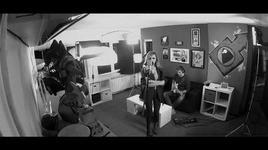cliche (hush hush) (acoustic version) - alexandra stan