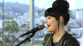 bones (acoustic performance at clevver music) - ginny blackmore