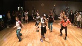 the baddest female (dance practice) - cl (2ne1)