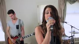 treasure (bruno mars cover) (live)  - savannah outen, the new velvet