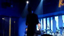 tuong tu nang ca sy (live) - quang le