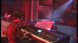 cuoi duong (bai hat viet thang 10/2012) - trung quan idol