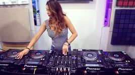 nu dj dang cap the gioi (juicy m & 4 decks) - v.a