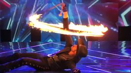wild west performer plays with fire (america's got talent 2014 - audition) - loop rawlins - v.a