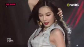red (140812 the show) - hyuna