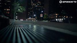 zero gravity - borgeous, lights