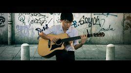 khong phai dang vua dau (guitar solo) - mitxi tong