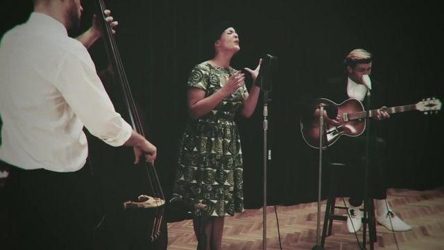 I Belong To You (Acoustic) - Caro Emerald