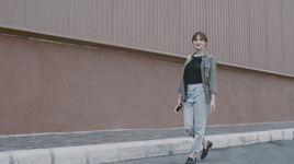 mua de yeu thuong (trailer) - huong giang idol