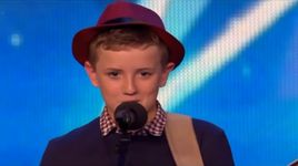 cau be 12 tuoi gay bao tai britain's got talent - v.a