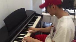 chung ta khong thuoc ve nhau (piano live) - son tung m-tp