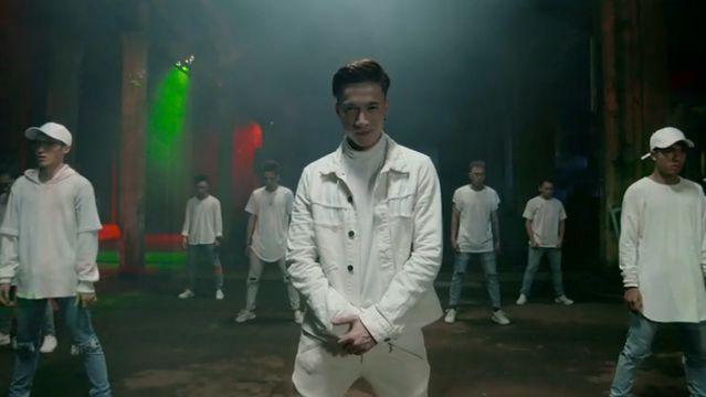 Video Tình Yêu Tuyệt Vời (Perfect Love) (Dance Version) - ST Sơn Thạch 365