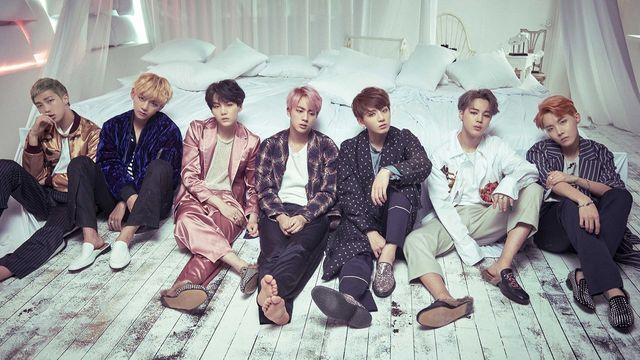 Bài hát Blood Sweat & Tears - BTS (Bangtan Boys)