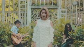 chuyen tinh hom qua (acoustic version) - ha nhi