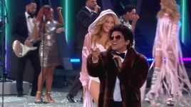 chunky (live at victoria's secret show 2016 paris) - bruno mars