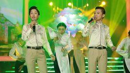 tinh hoai huong: be cong quoc - thu hang (guong mat than quen nhi 2016 - tap 11) - v.a