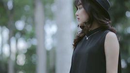 dung bat em phai manh me (karaoke) - hoang yen chibi
