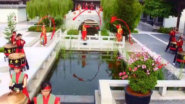 Bài hát Năm Mới Tốt Đẹp / 美好新年 2017 - Nick Chung, Stella Chung