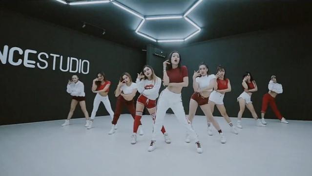 Từ Hôm Nay (Feel Like Ooh) (Dance Practice Version)