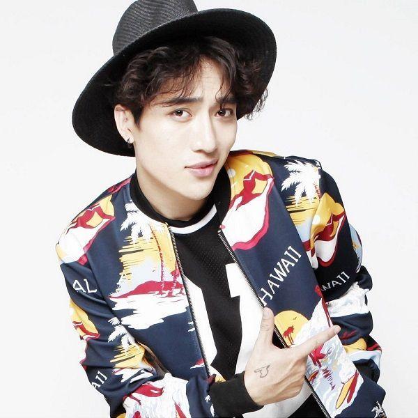 http://avatar.nct.nixcdn.com/singer/avatar/2015/12/18/b/6/d/a/1450433471113_600.jpg